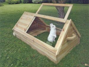 Домик для кроликов фото