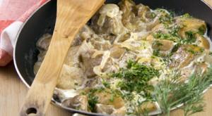 Грибной гарнир со сливками и сыром: рецепт с фото