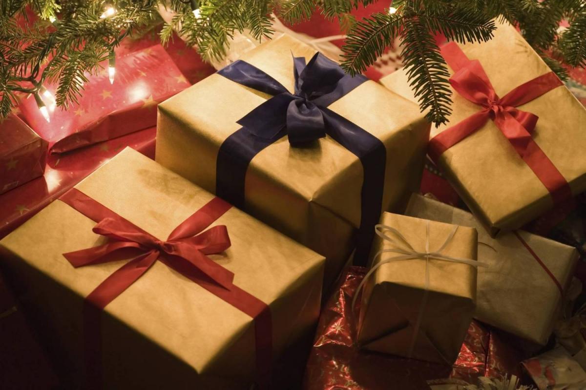 Где покупать подарки на Новый год 2017?