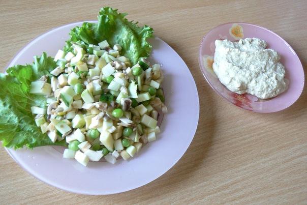 Салат сыроедческий «Оливье»