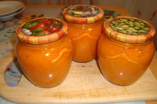 Кабачковая икра на зиму с помидорами.