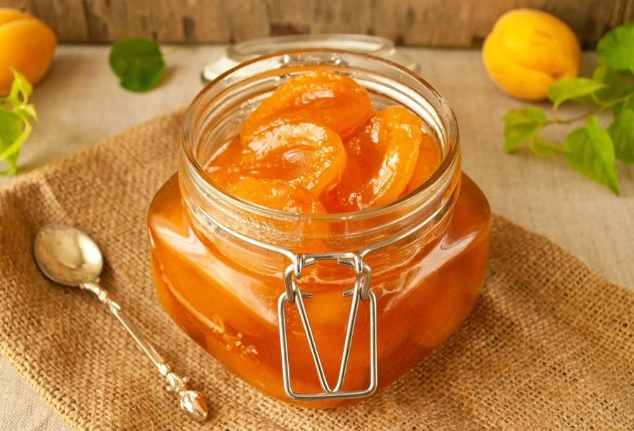 Рецепт с фото: Варенье из абрикосов без косточек дольками.