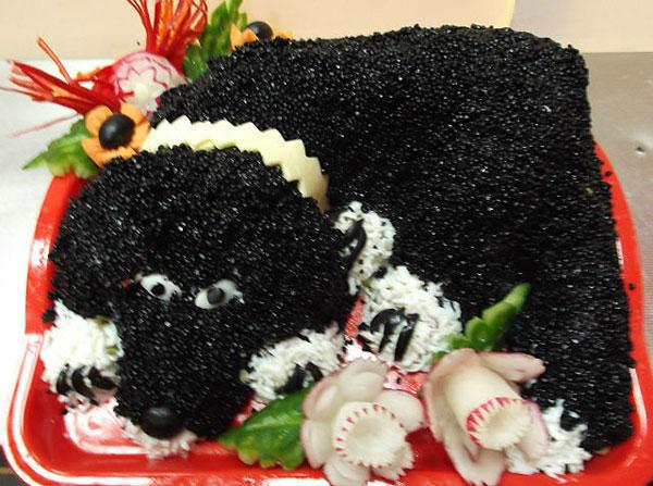 """Салат """"Чёрный Бим"""" на Новый год Собаки 2018."""