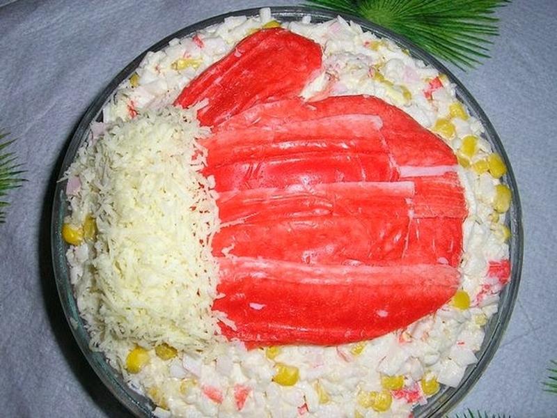 """Простой и вкусный салат """"Варежка с рисом"""""""