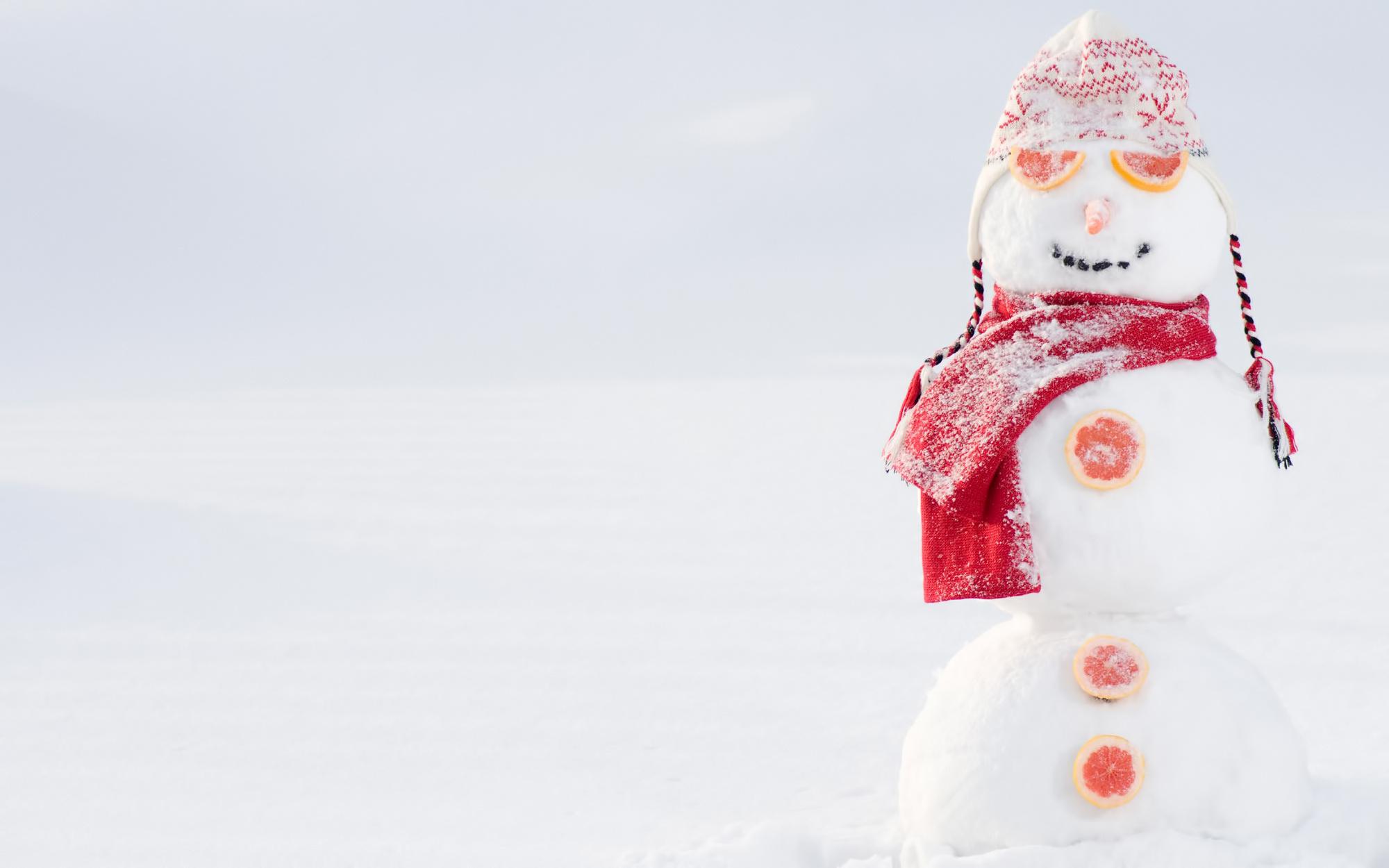Снеговики на Новый год 2020 на рабочий стол