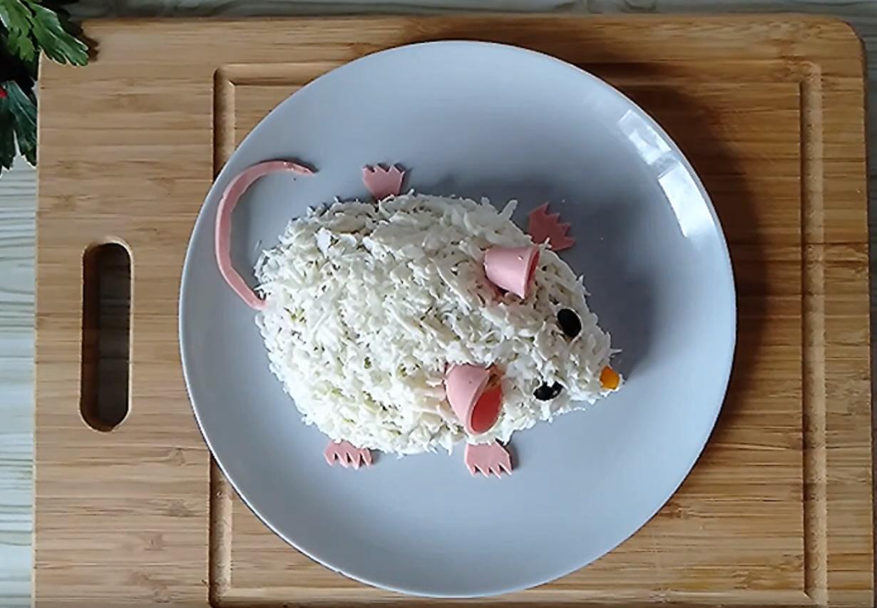 Салаты на Новый год 2020 что готовить новое и интересное в год Крысы