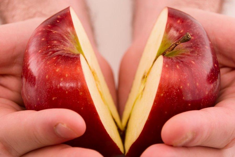 Увлажнение табака фруктами или овощами